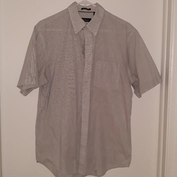 Van Heusen Other - Short sleeve men's shirt